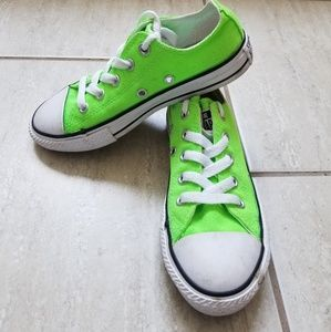 Converse Chuck Taylors Youth